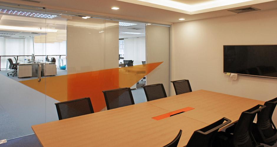 41-MAQE-meetingroom_02