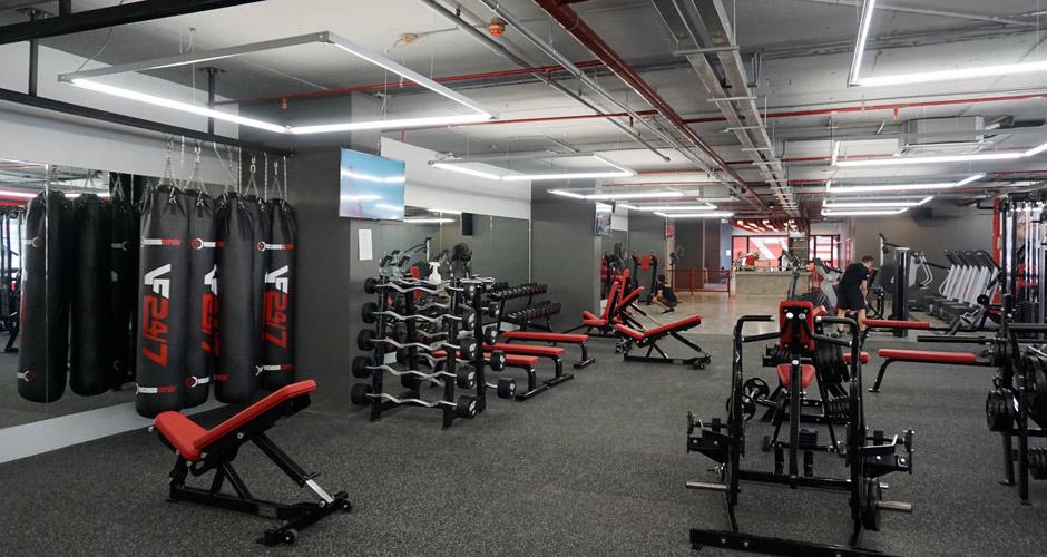 80-vons-fitness-247-gym-10