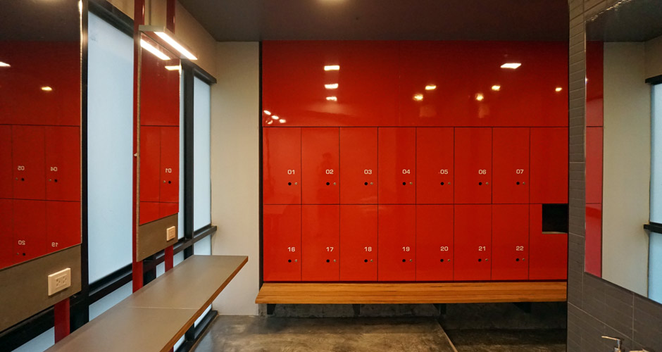 80-vons-fitness-247-locker-03