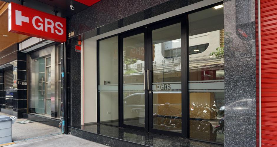 84-GRS-final-facade-entrance-01
