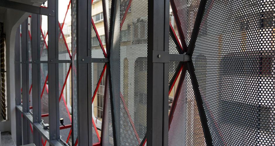 84-GRS-final-facade-inside-02