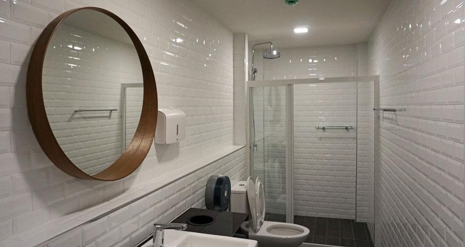 84-GRS-final-toilet-01